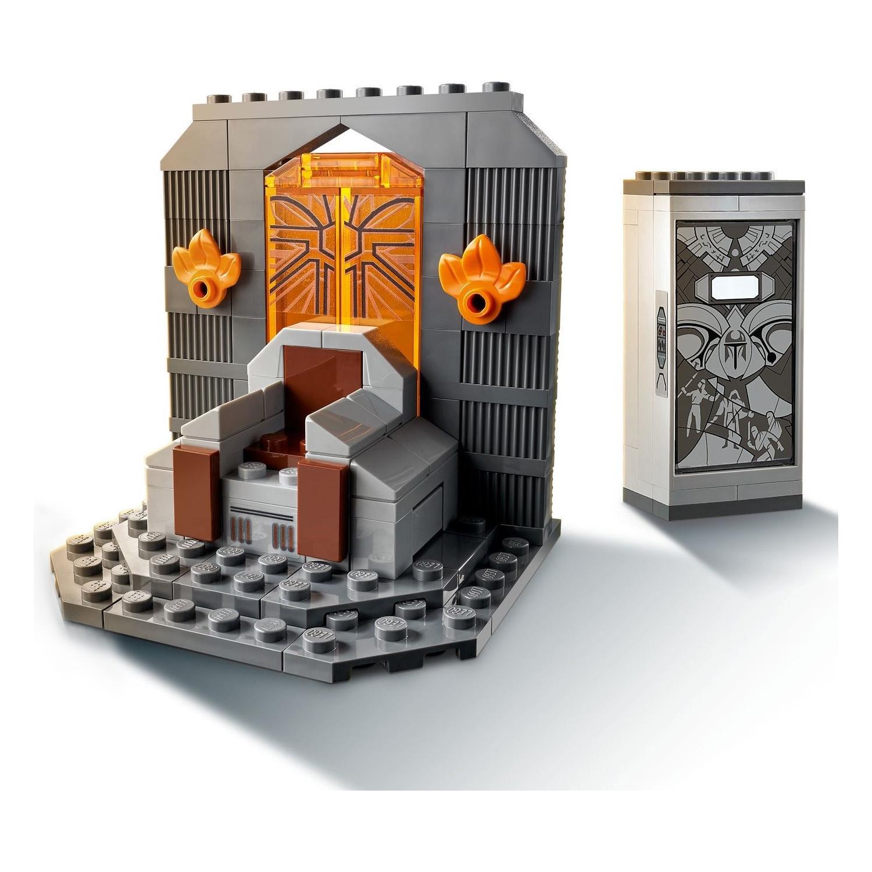 Custom Mini Set Star Wars Throne and Mandalorian Vault